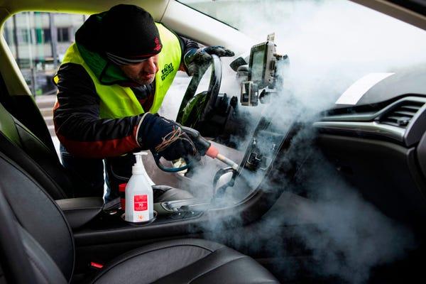 Safe Driver Dubai - Covid19 Sops Disinfecting car